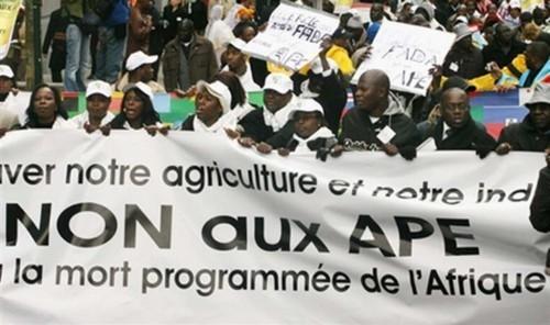 L'Union européenne fait chanter les pays africains pour assurer ses intérêts économiques – Déclaration publique de la société civile française
